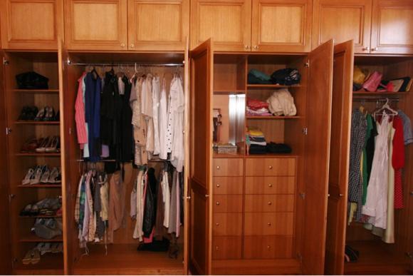 Solid Tasmanian Oak Wardrobe Interior