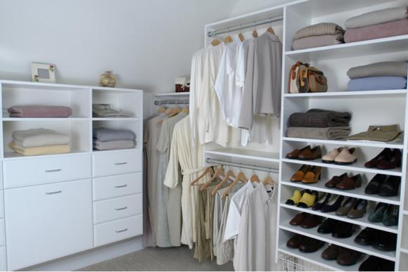 Walkin Wardrobe With Open Design