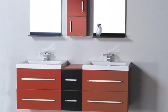 Adjustable Linen Shelves