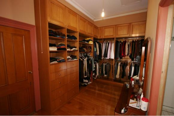 Solid Tasmanian Oak Walk In Wardrobes