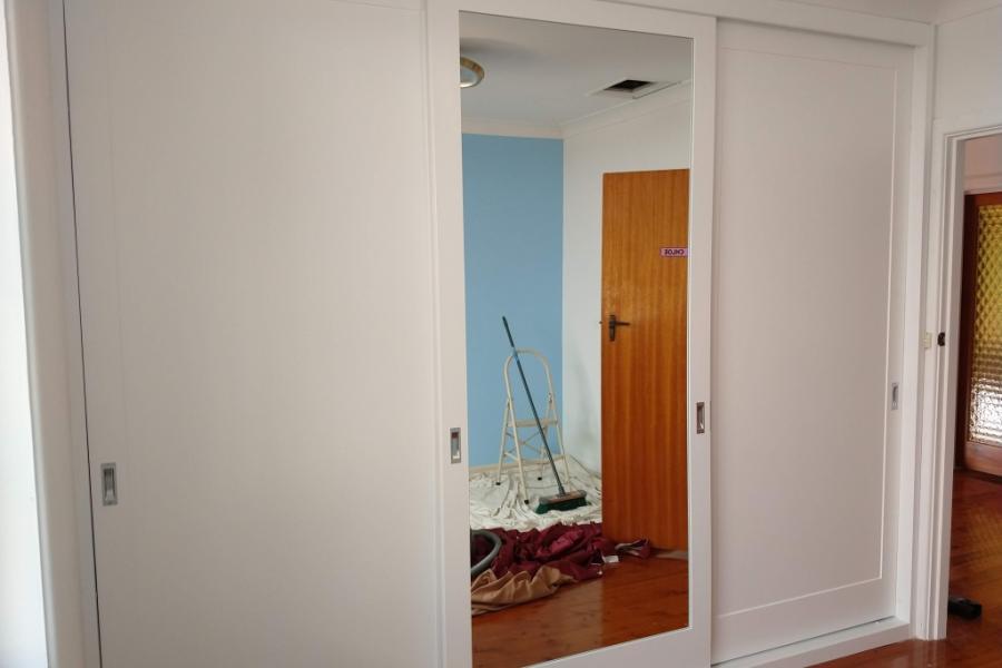 Sliding Shaker Doors